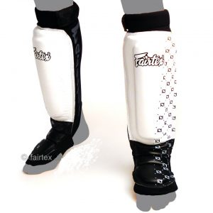 FAIRTEX SP6 PROTECTOR SHIN GUARDS WHITE