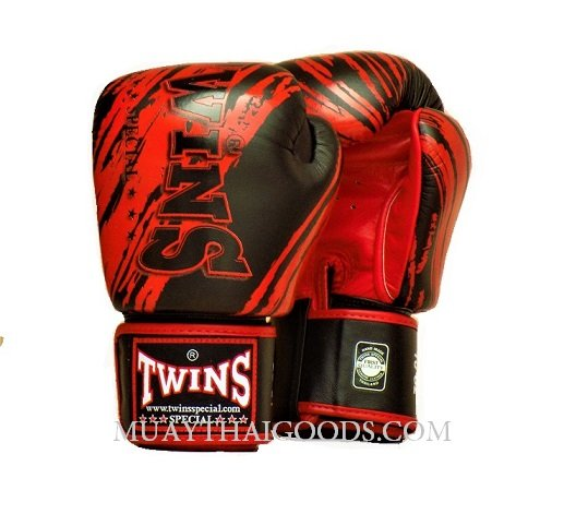 TW2 MUAY THAI GLOVES BLACK RED TWINS SPECIAL