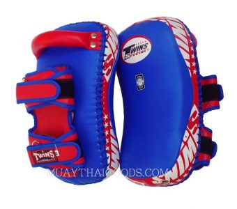 KPL12 LEATHER KICKING PADS FOREARM TRAINING CURVED TWINS SPECIAL BLUE RED ( PAIR )