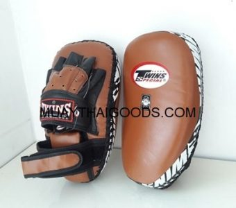 PML23 NEW FOREARM MUAY THAI BOXING KICK PADS TRAINING CURVED TWINS SPECIAL BROWN BLACK ( PAIR )