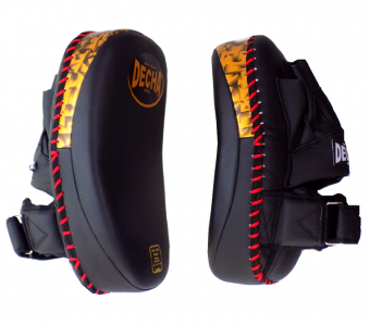 "DECHA HYBRID KICK PADS/FOCUS MITTS DHKP2 "" FOREARM "" BLACK/GOLD ( PAIR )"